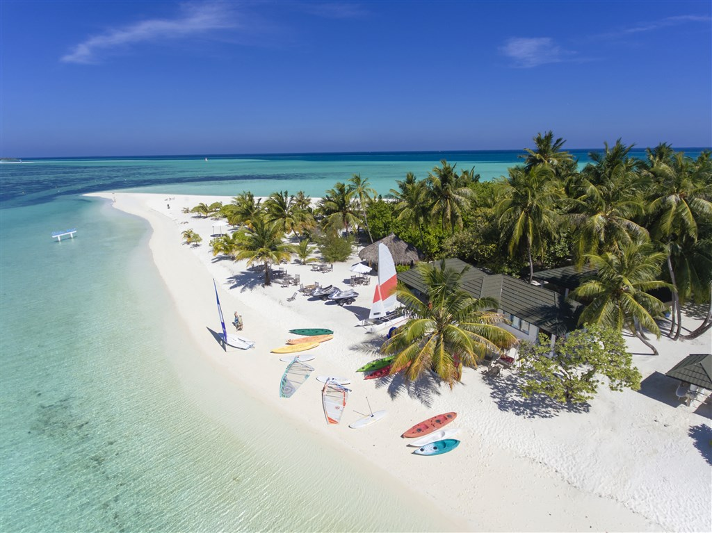 Holiday Island - Maledivy