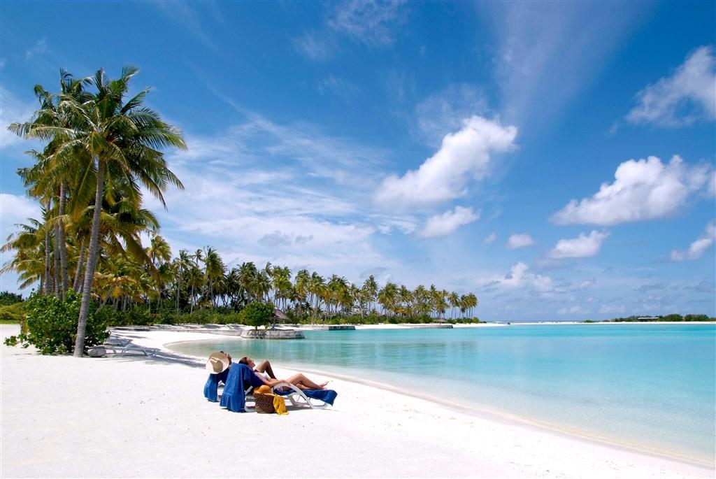 Olhuveli Beach & SPA Resort - Maledivy