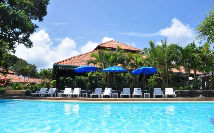 Phi Phi Natural Resort - Thajsko