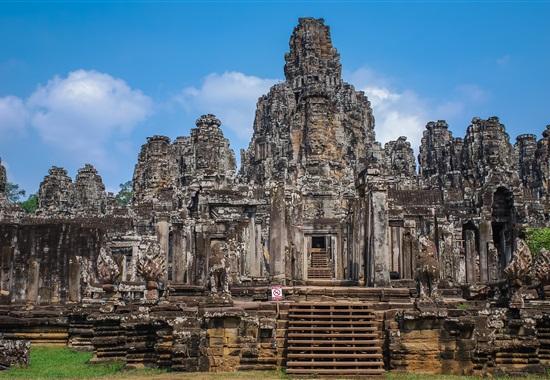 Chrámy Angkoru a pláž Sokha Beach -