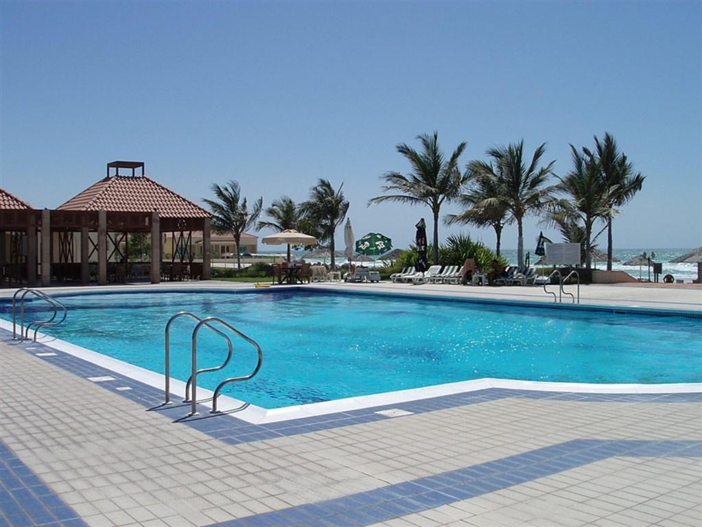 Umm Al Quwain Beach Hotel - Umm Al Quwain