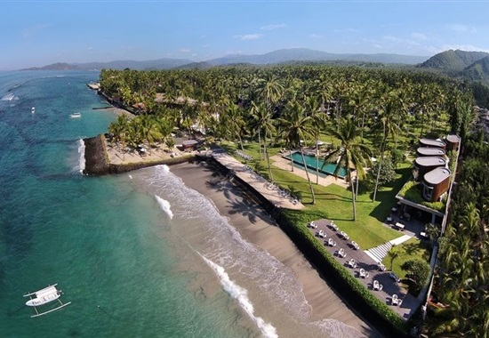 Candi Beach Resort -