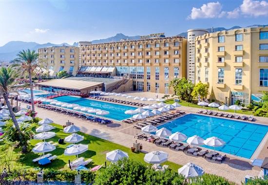 Merit Park Hotel & Casino -