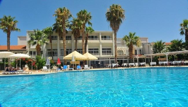 La Hotel - Severní Kypr - Kyrenia