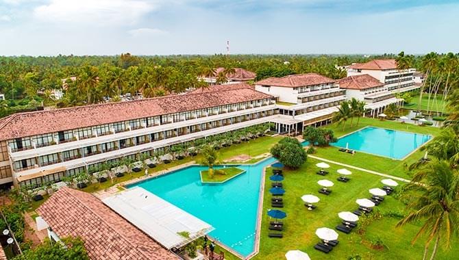 The Blue Water - Srí Lanka