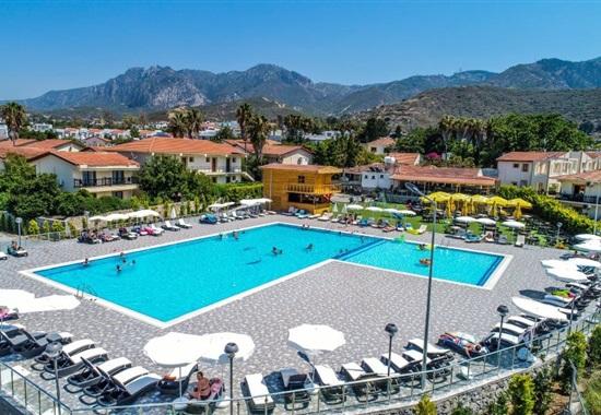 Riverside Garden Resort -