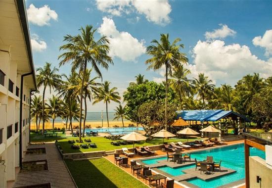 Camelot Beach Hotel -