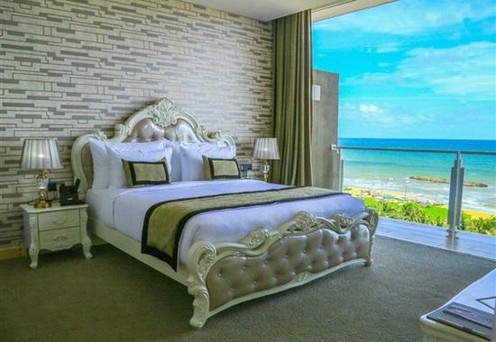 Ruvisha Beach Hotel -