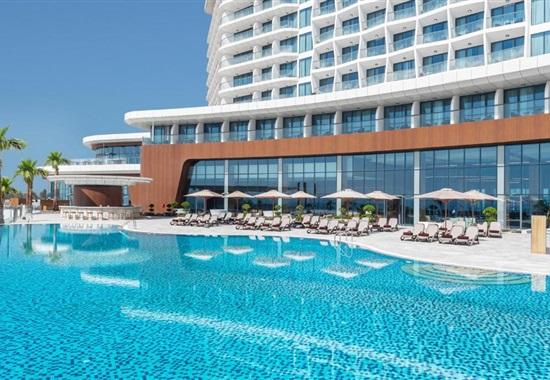 Hampton By Hilton Marjan Island -